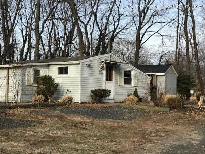 Eatontown Single Family Home For Sale: 58 Monmouth Road