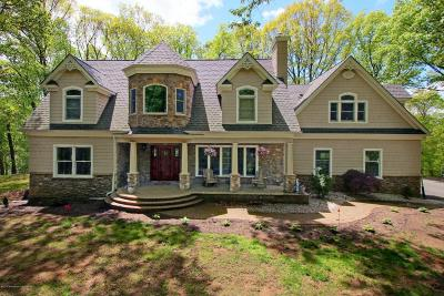 Holmdel Single Family Home Under Contract: 7 Hillcrest Road