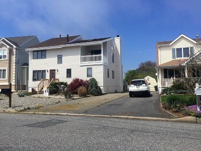 Ocean County Single Family Home For Sale: 1073 Montauk Drive