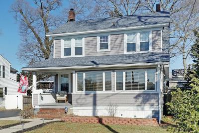 Point Pleasant Beach Single Family Home Under Contract: 605 New York Avenue