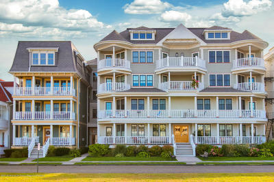 Ocean Grove Condo/Townhouse For Sale: 30 Ocean Pathway #2f