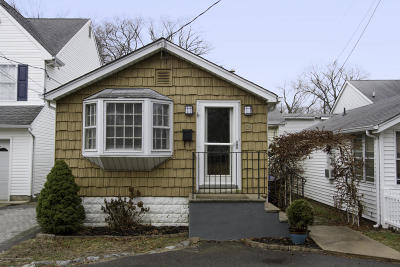 Middletown Single Family Home Under Contract: 124 Morningside Avenue