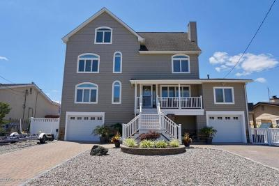 Toms River Single Family Home For Sale: 1951 Pinta Court