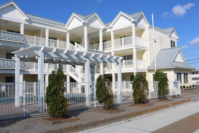 Lavallette Condo/Townhouse For Sale: 2400 Grand Central Avenue #1