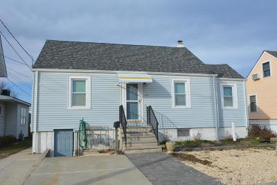 Seaside Park Single Family Home For Sale: 42 I Street