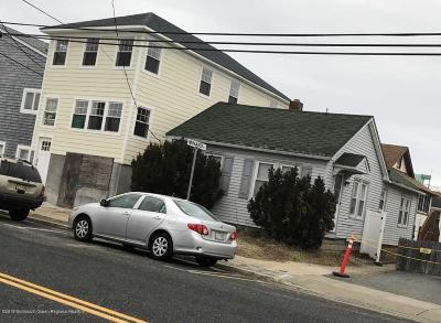 Point Pleasant Beach Single Family Home Under Contract: 128 Ocean Avenue #6