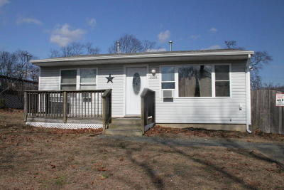 Toms River Single Family Home For Sale: 1958 Old Street