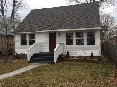 Point Pleasant Single Family Home For Sale: 904 Ocean Road