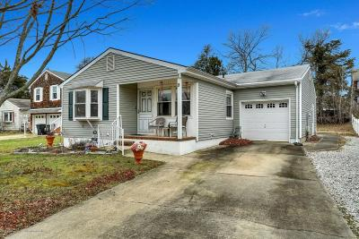 Toms River NJ Single Family Home For Sale: $209,900