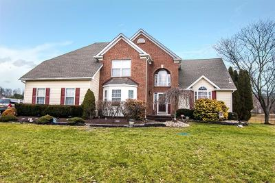 Freehold Single Family Home For Sale: 52 Windswept Lane
