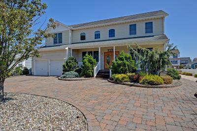 Brick Single Family Home For Sale: 139 Mizzen Road
