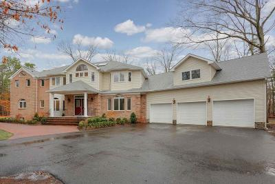 Colts Neck Single Family Home For Sale: 5 Ramapo Court
