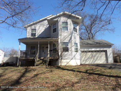 Atlantic Highlands Single Family Home For Sale: 10 Manymind Avenue