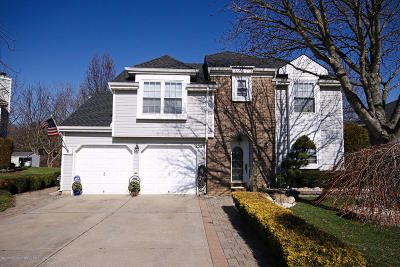 Freehold Single Family Home Under Contract: 238 Kentucky Way