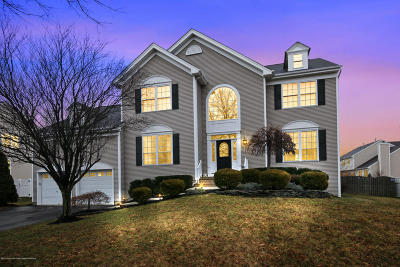 Freehold Single Family Home Under Contract: 169 Princeton Oval Circle