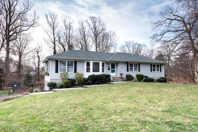 Freehold Single Family Home For Sale: 200 Kingsley Way