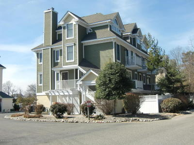 Forked River, Lacey, Lanoka Harbor Condo/Townhouse For Sale: 342 Harbor View #42