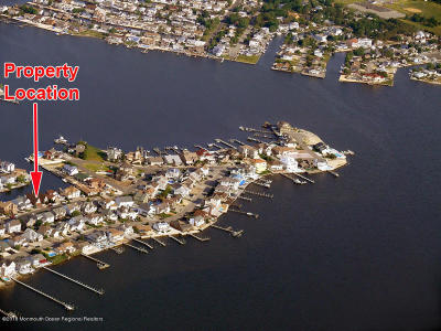 Toms River Single Family Home For Sale: 3286 Churchill Drive