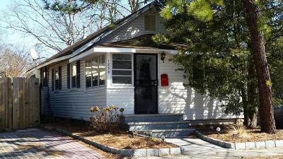 Belmar, Belmar Boro, Lake Como Single Family Home For Sale: 1838 Briarwood Terrace
