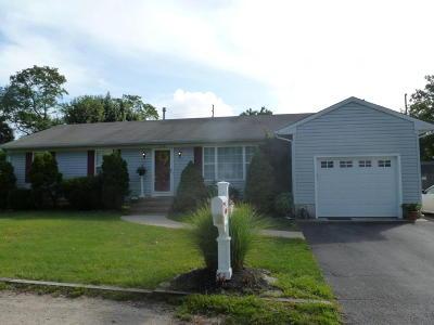Beachwood Single Family Home For Sale: 628 Capstan Avenue