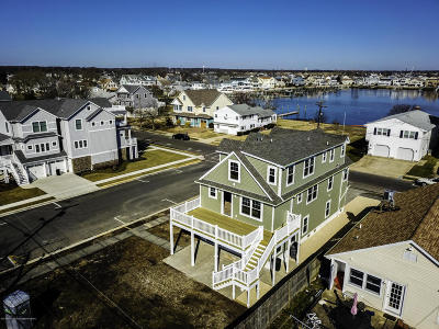 Point Pleasant Beach Single Family Home For Sale: 46 Niblick Street