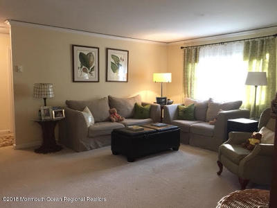 Eatontown Condo/Townhouse For Sale: 57 White Street #A