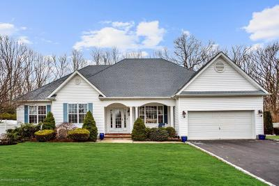 Eatontown Single Family Home For Sale: 5 Marilyn Court