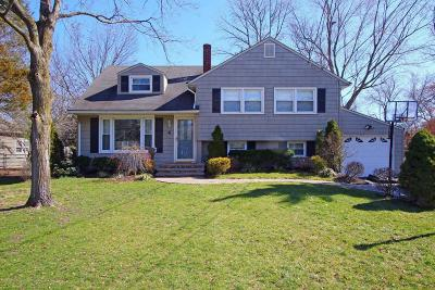 Middletown Single Family Home For Sale: 4 Kevan Place