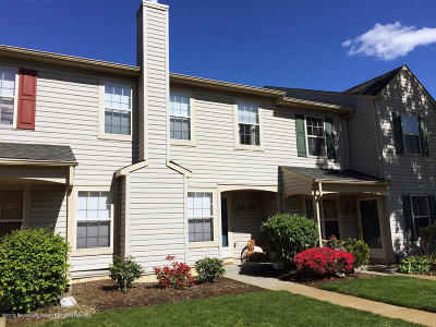 Freehold Condo/Townhouse Under Contract: 16 Stuart Drive #4