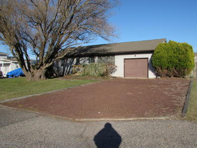 Forked River, Lacey, Lanoka Harbor Single Family Home For Sale: 1004 Painter Point