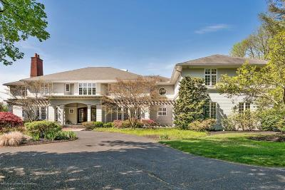 Monmouth County Single Family Home For Sale: 8 Buttonwood Lane