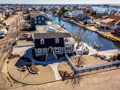 Toms River Single Family Home For Sale: 53 Sunrise Boulevard