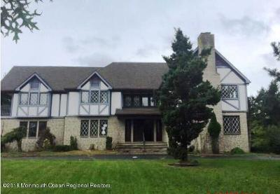 Monmouth County Single Family Home Under Contract: 2 Lisa Court
