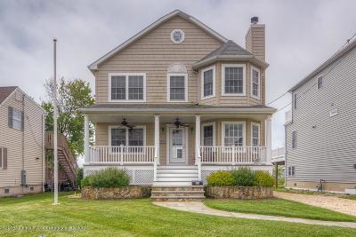 Point Pleasant Beach Single Family Home For Sale: 216 Washington Avenue