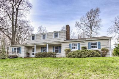 Holmdel Single Family Home For Sale: 6 Robin Road
