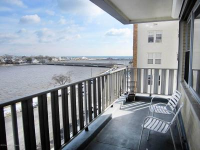 Asbury Park Condo/Townhouse Under Contract: 510 Deal Lake Drive #5h