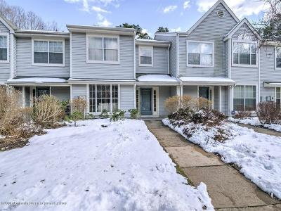 Howell Condo/Townhouse Under Contract: 518 Laurelwood Court