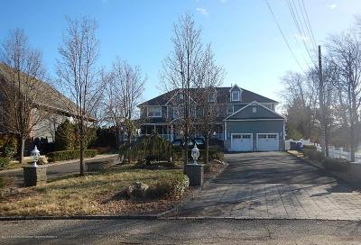 Brick Single Family Home For Sale: 448 Lake Shore Drive