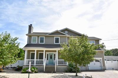 Point Pleasant Single Family Home For Sale: 1022 Catherine Street