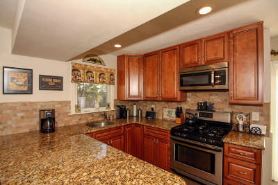 Howell Single Family Home For Sale: 30 Concord Circle