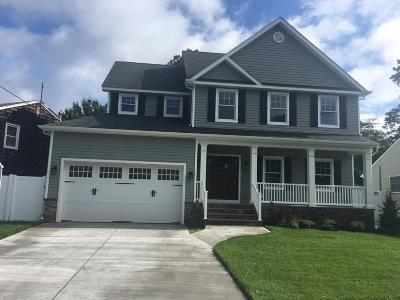 Point Pleasant Single Family Home For Sale: 829 Partridge Run