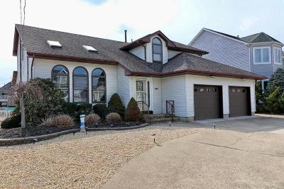 Toms River Single Family Home For Sale: 1881 Compass Court