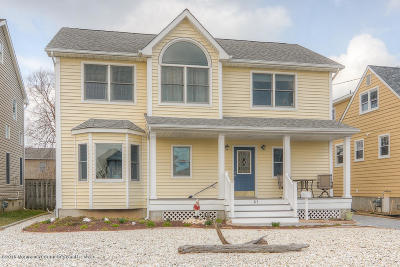 Point Pleasant Beach Single Family Home For Sale: 313 Philadelphia Avenue