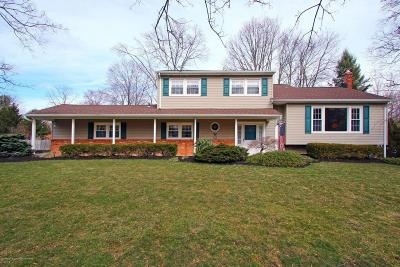 Middletown Single Family Home For Sale: 29 Buttonwood Road