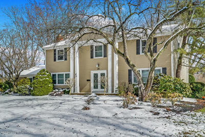 Freehold Single Family Home For Sale: 20 Woodstock Place