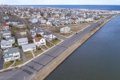 Bradley Beach Single Family Home For Sale: 404 Burlington Avenue