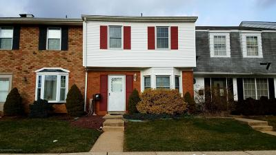Freehold Condo/Townhouse For Sale: 20 Kingsley Way