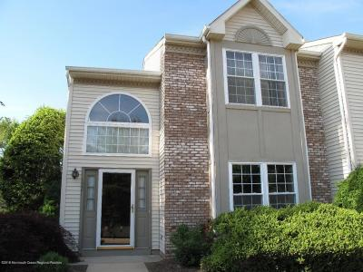 Holmdel Condo/Townhouse For Sale: 72 Arlington Court #N011
