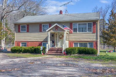 Howell Single Family Home For Sale: 263 Locust Avenue