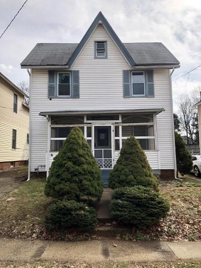 Freehold Single Family Home For Sale: 6 Bowne Avenue